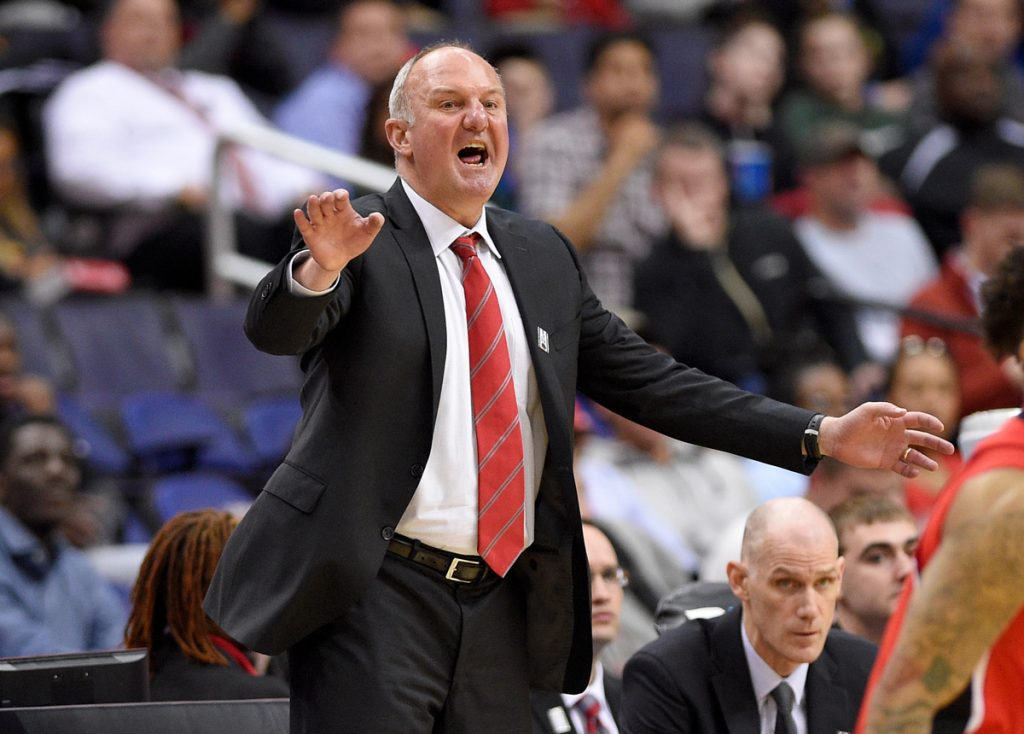 Thad Matta meets with Ole Miss about coaching vacancy